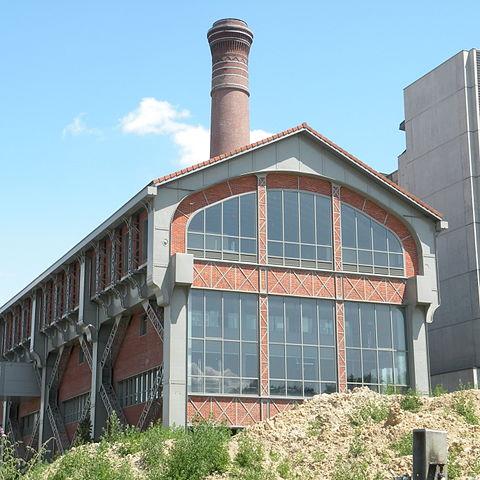Компрессорная станция, построенная компанией Виктора Поппа в 1891 г. в Париже в 13 округе.