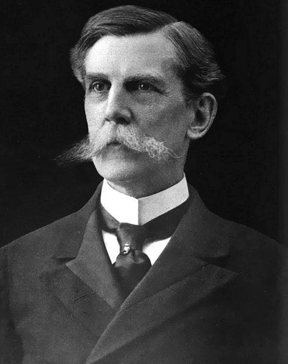 Оливер Уэнделл Холмс  https://commons.wikimedia.org/w/index.php?curid=4366493