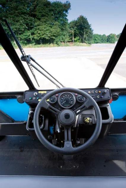 кабина грузовика Global Vehicle Trust, вид изнутри