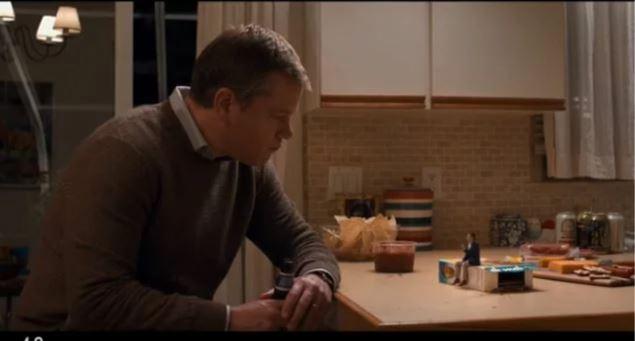 Скриншот трейлера фильма «Короче» (англ. Downsizing)