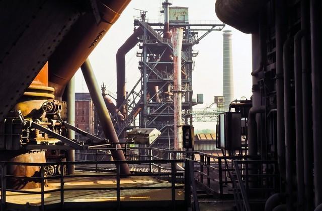изображение старого завода https://pxhere.com/ru/photo/506954