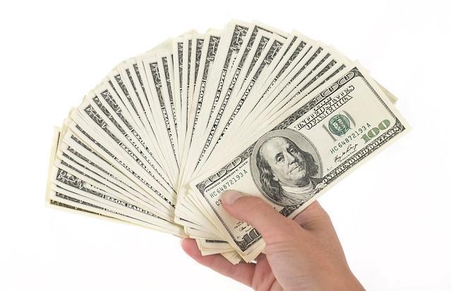 изображение денег. источник  https://www.flickr.com/photos/pictures-of-money/17121923990/